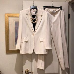 Classic Style, Cream Colored Talbots Blazer